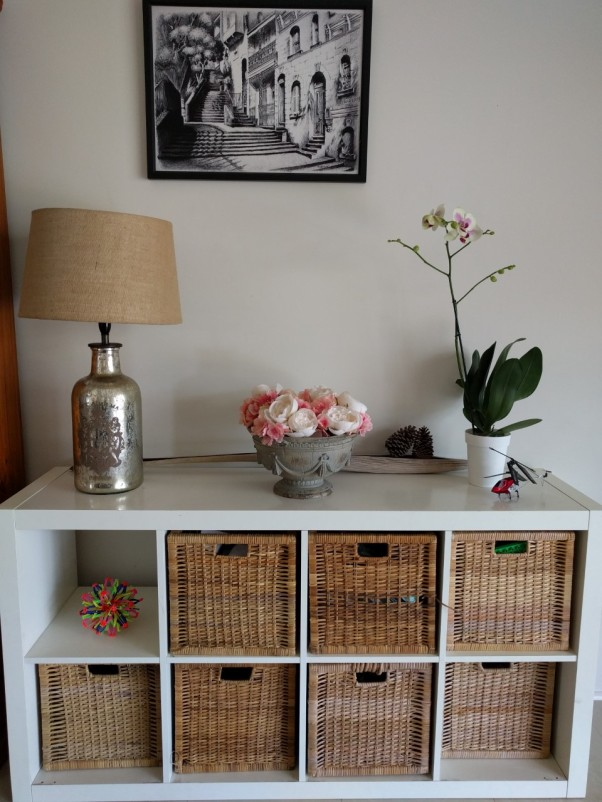 decorated-shelves